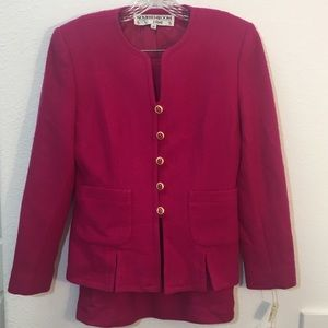 Noviello Bloom Suit Pink Skirt Gold Buttons NWT